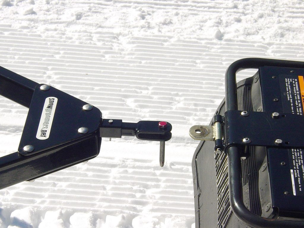 Pin Coupler for snow groomer